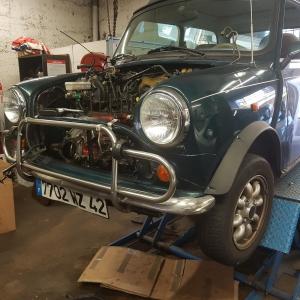 Remise en état de véhicule ancien à Roanne